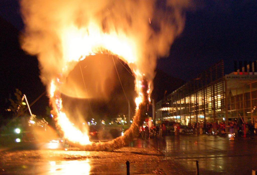 Feuerskulptur, Reinhold Neururer, Helene Keller, Daniel Kocher, 2006